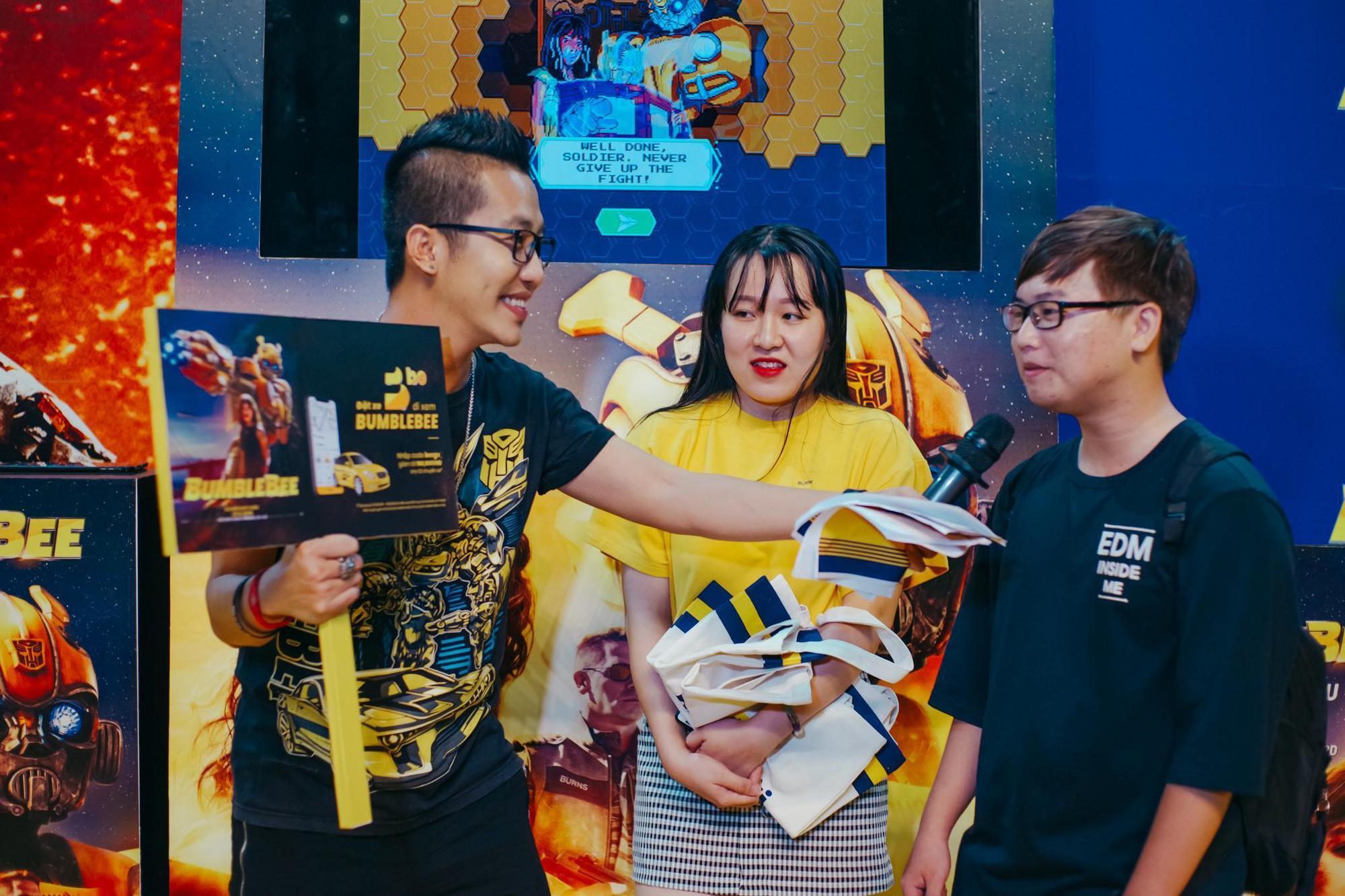 Choáng ngợp với mô hình Bumblebee lớn nhất tại Việt Nam - Ảnh 14.