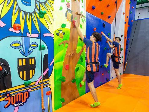 Trung tâm giải trí bạt nhún Jump Arena khai trương chi nhánh mới tại