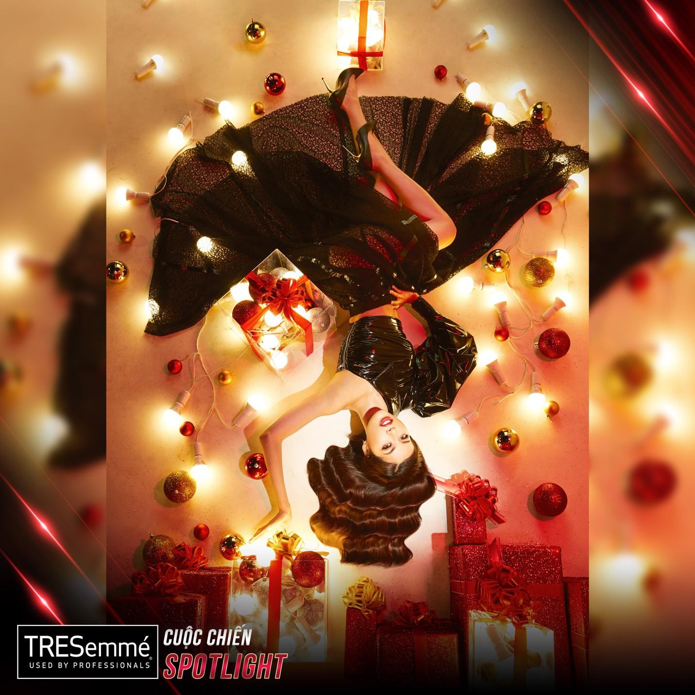 """Ngắm Minh Tú cùng dàn thí sinh """"Cuộc chiến Spotlight"""" đẹp lung linh trong bộ ảnh Giáng sinh! - Ảnh 15."""