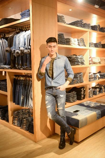 Theo chân team chị đại Thanh Hằng đi mua sắm trước chung kết The Face 2018 - Ảnh 3.
