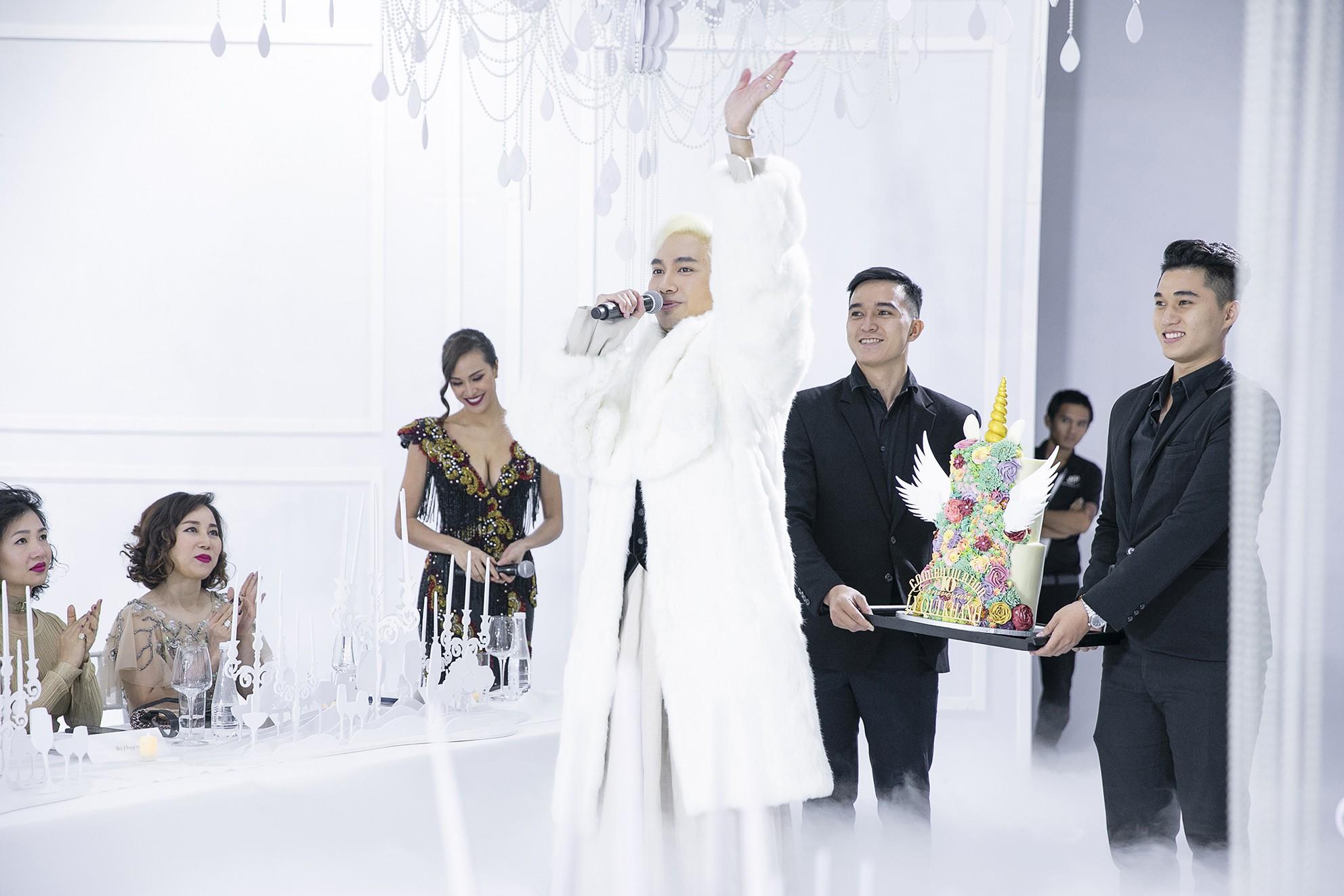 Bật mí hậu trường thú vị trong show đình đám gây tiếng vang của Lý Quí Khánh - Ảnh 9.