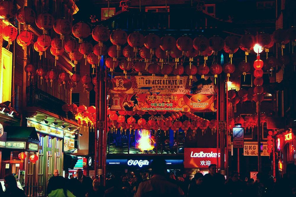 Đi du lịch vòng quanh thế giới ngay tại Sài Gòn với 3 gợi ý sau - Ảnh 1.