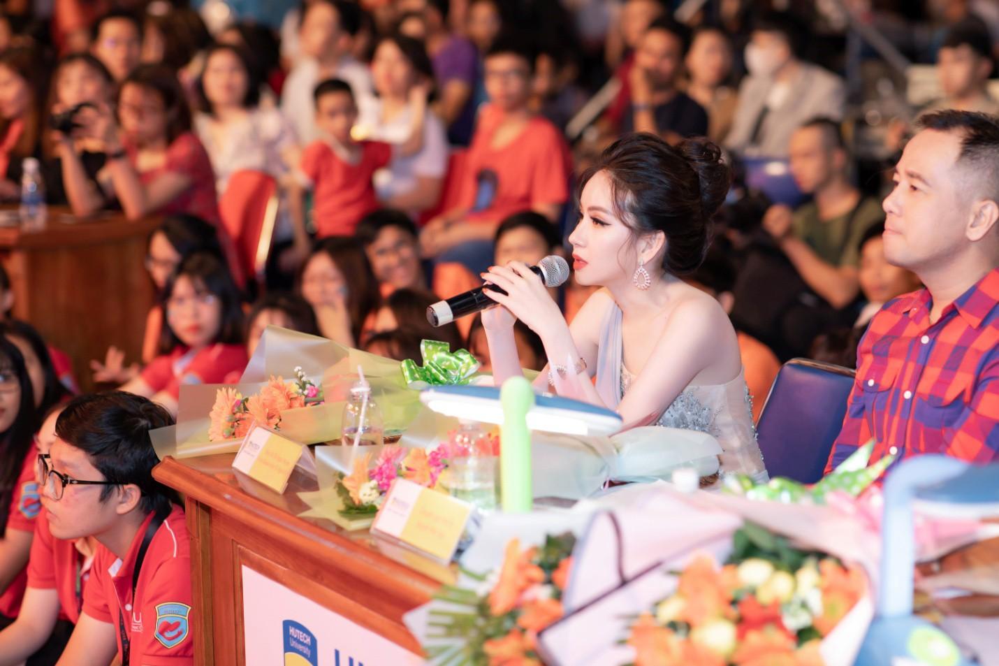 CEO – Doanh nhân Huyền Cò: Giám khảo quyền lực đêm Gala Chung kết Miss HUTECH 2019 - Ảnh 6.