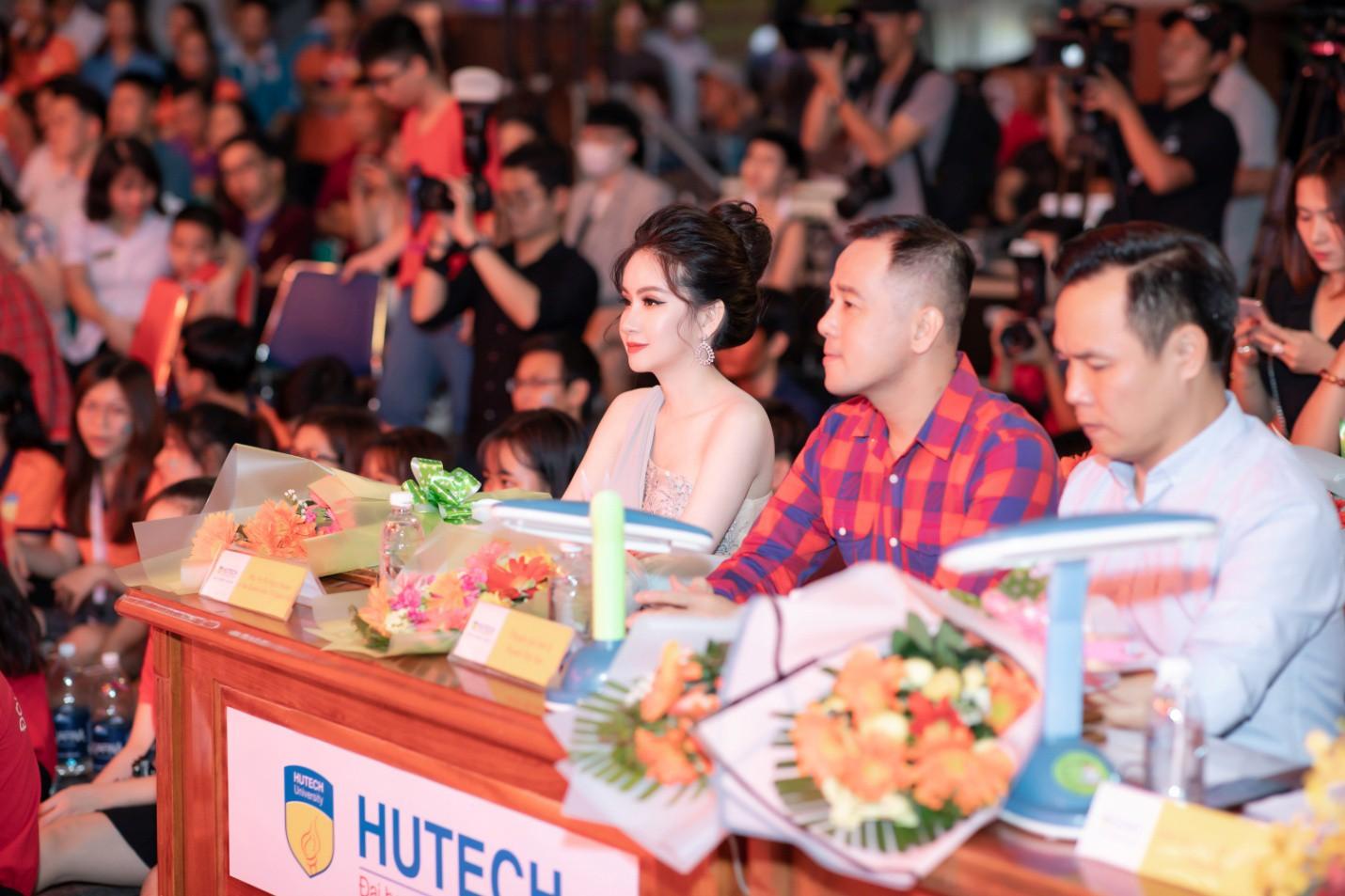 CEO – Doanh nhân Huyền Cò: Giám khảo quyền lực đêm Gala Chung kết Miss HUTECH 2019 - Ảnh 7.