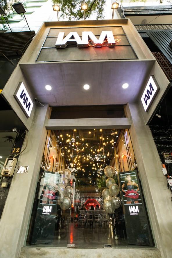 Đột nhập showroom sành điệu nhìn đã muốn check-in của IAM COSMETICS - Ảnh 1.