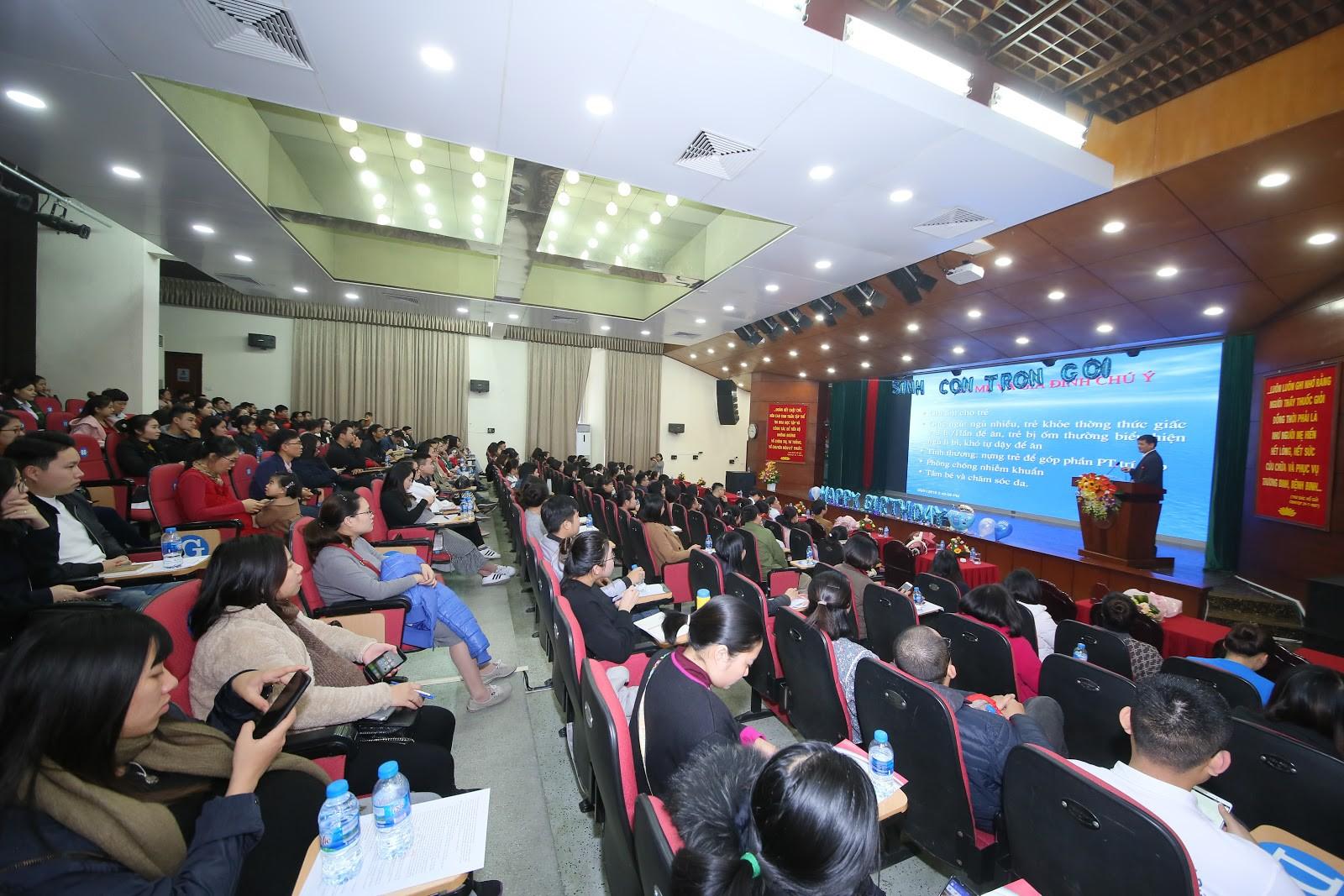 Latex giảm eo made in Việt Nam được giới thiệu hoành tráng tại hội nghị Bệnh viện TƯQĐ 108 - Ảnh 1.