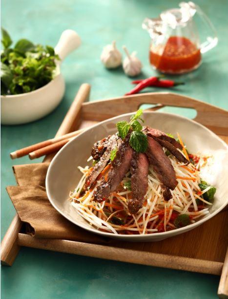 """Không chỉ món bao cấp, các đầu bếp """"Ký ức Hà Nội"""" còn có những món hiện đại cực ngon! - Ảnh 4."""
