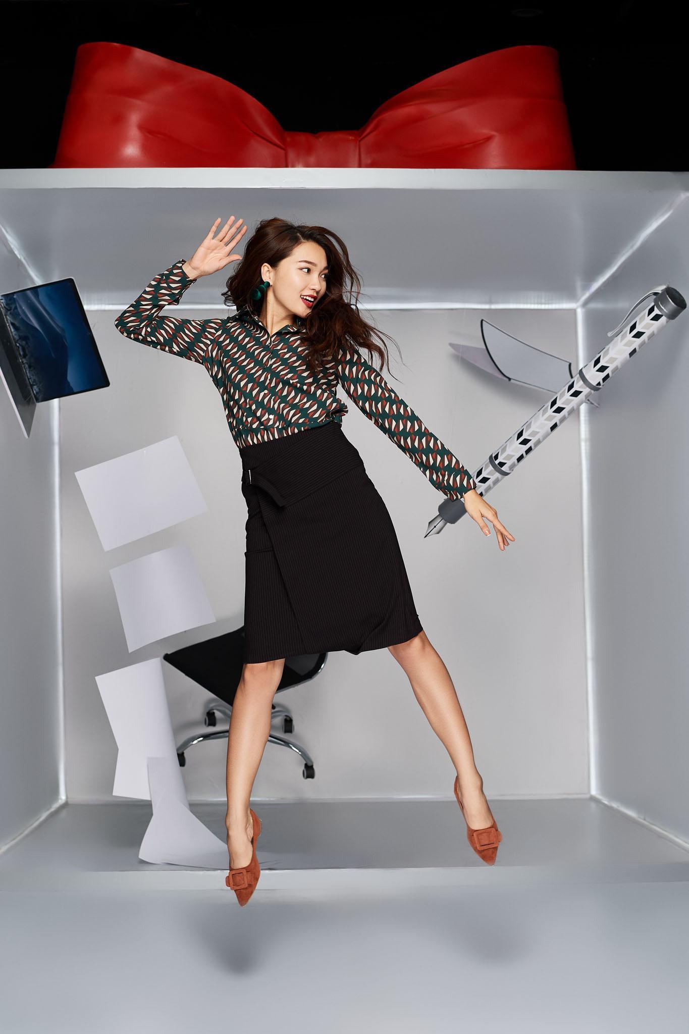 Làn gió mới cho thời trang công sở với những chuyển động cá tính - Ảnh 5.