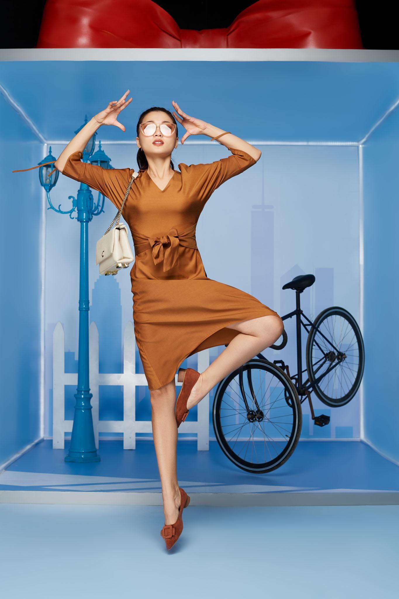 Làn gió mới cho thời trang công sở với những chuyển động cá tính - Ảnh 9.