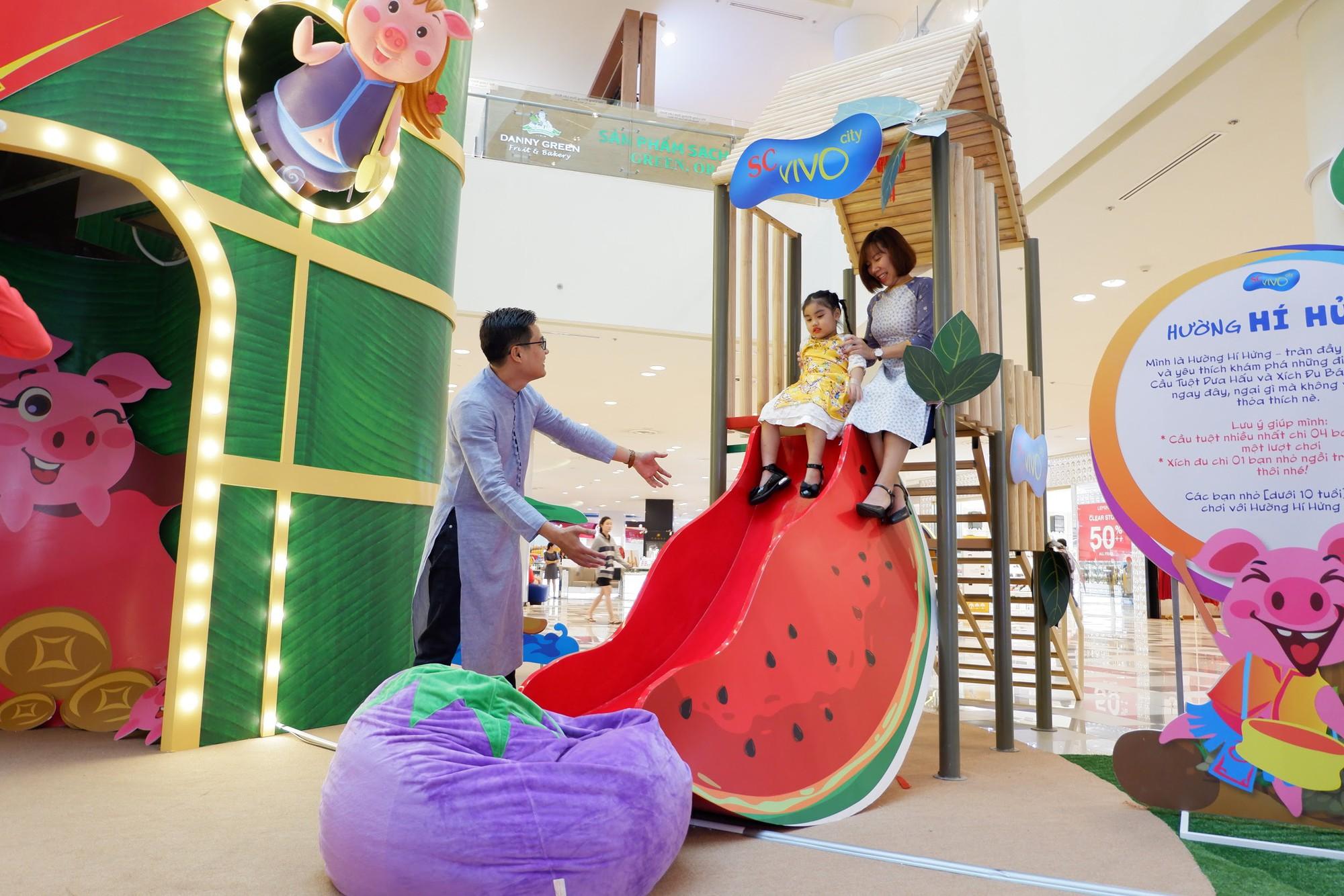 Tết 2019: Xứ sở Heo Hường độc đáo khiến giới trẻ đua nhau check-in chao đảo - Ảnh 3.