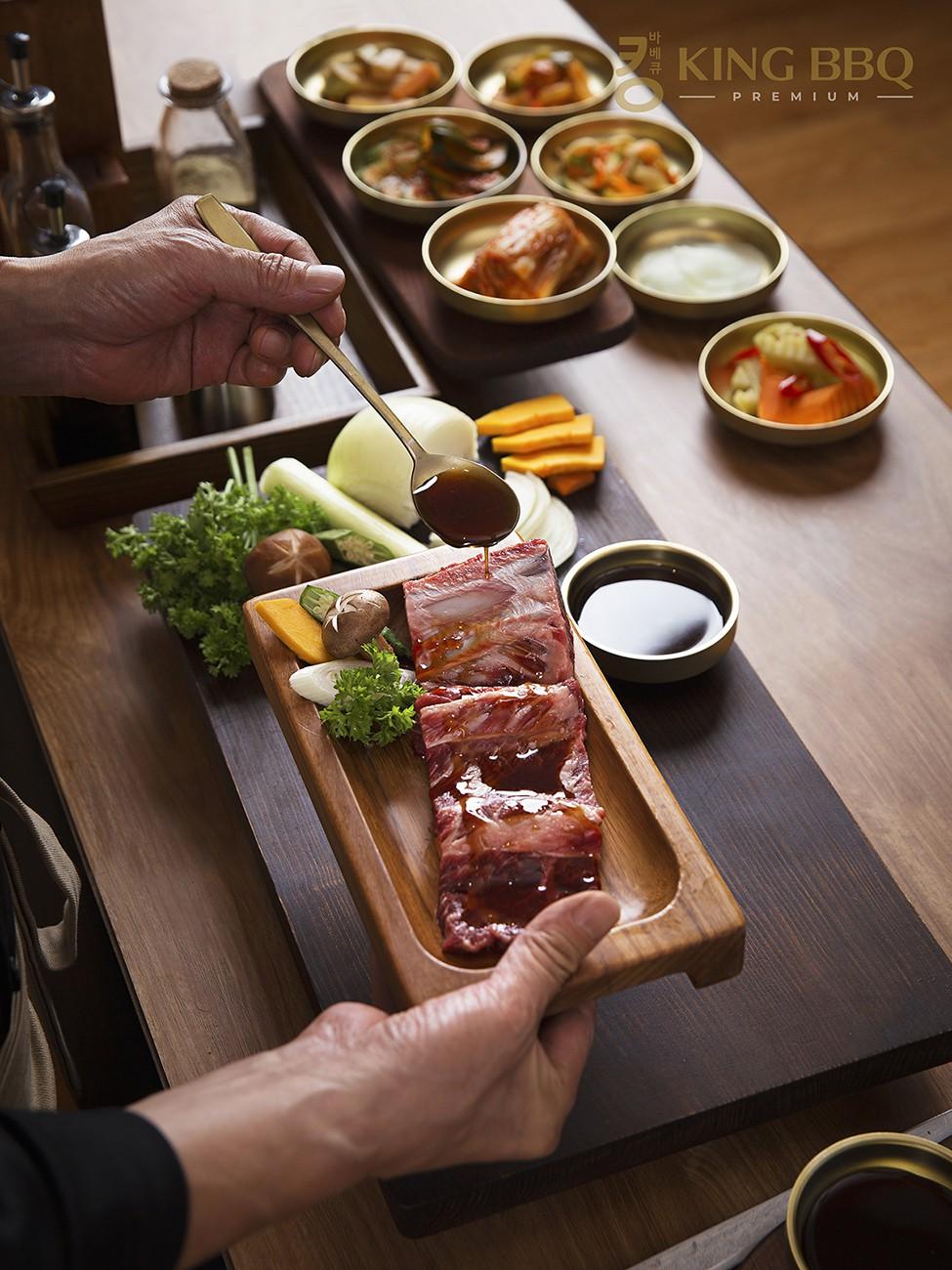 King BBQ Premium – Nhà hàng nướng cung đình Hàn Quốc cao cấp hàng đầu Việt Nam - Ảnh 2.