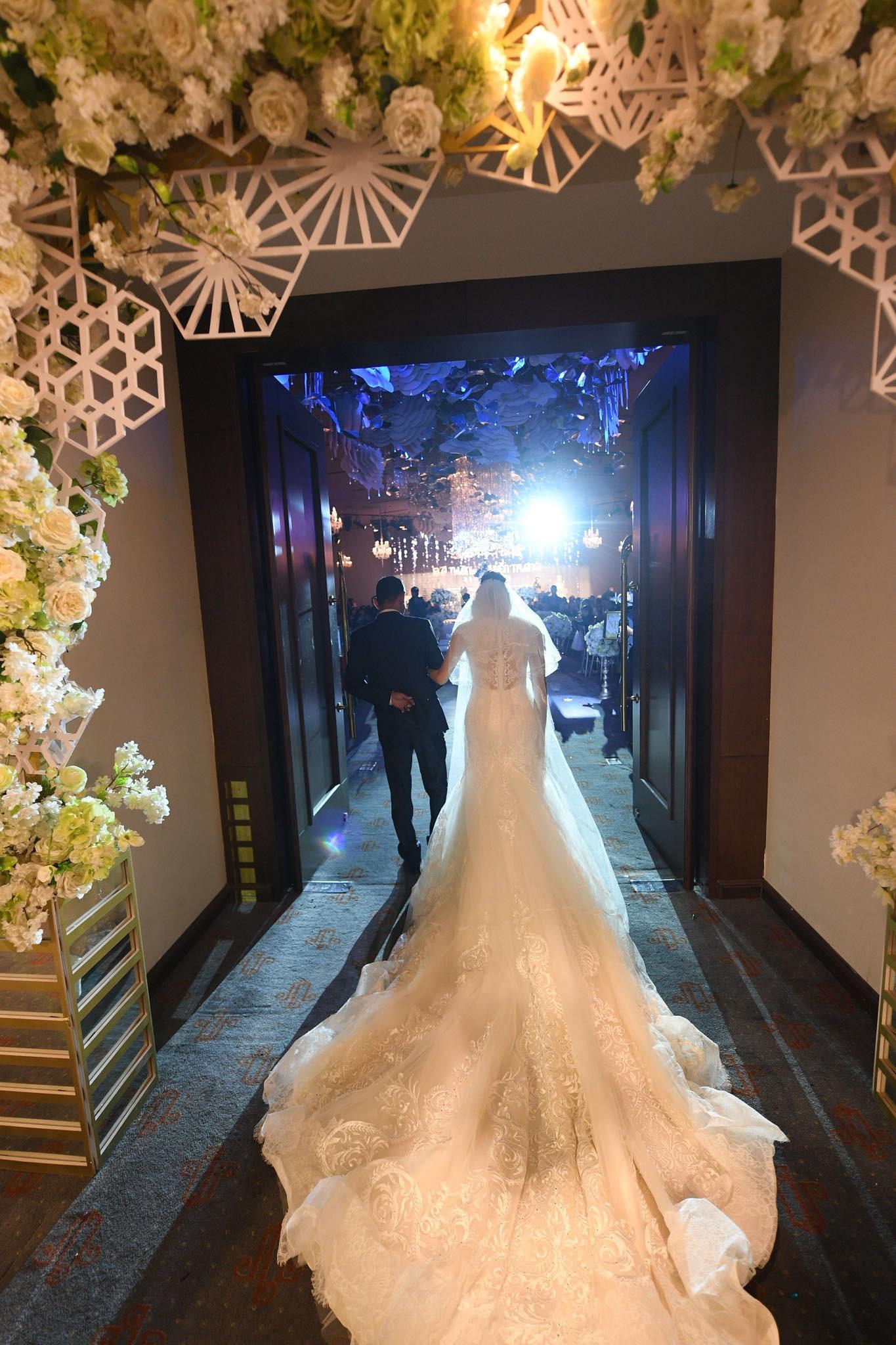 Huyền Trang Bất Hối chốt hạ năm 2018 bằng đám cưới cực viên mãn - Ảnh 5.