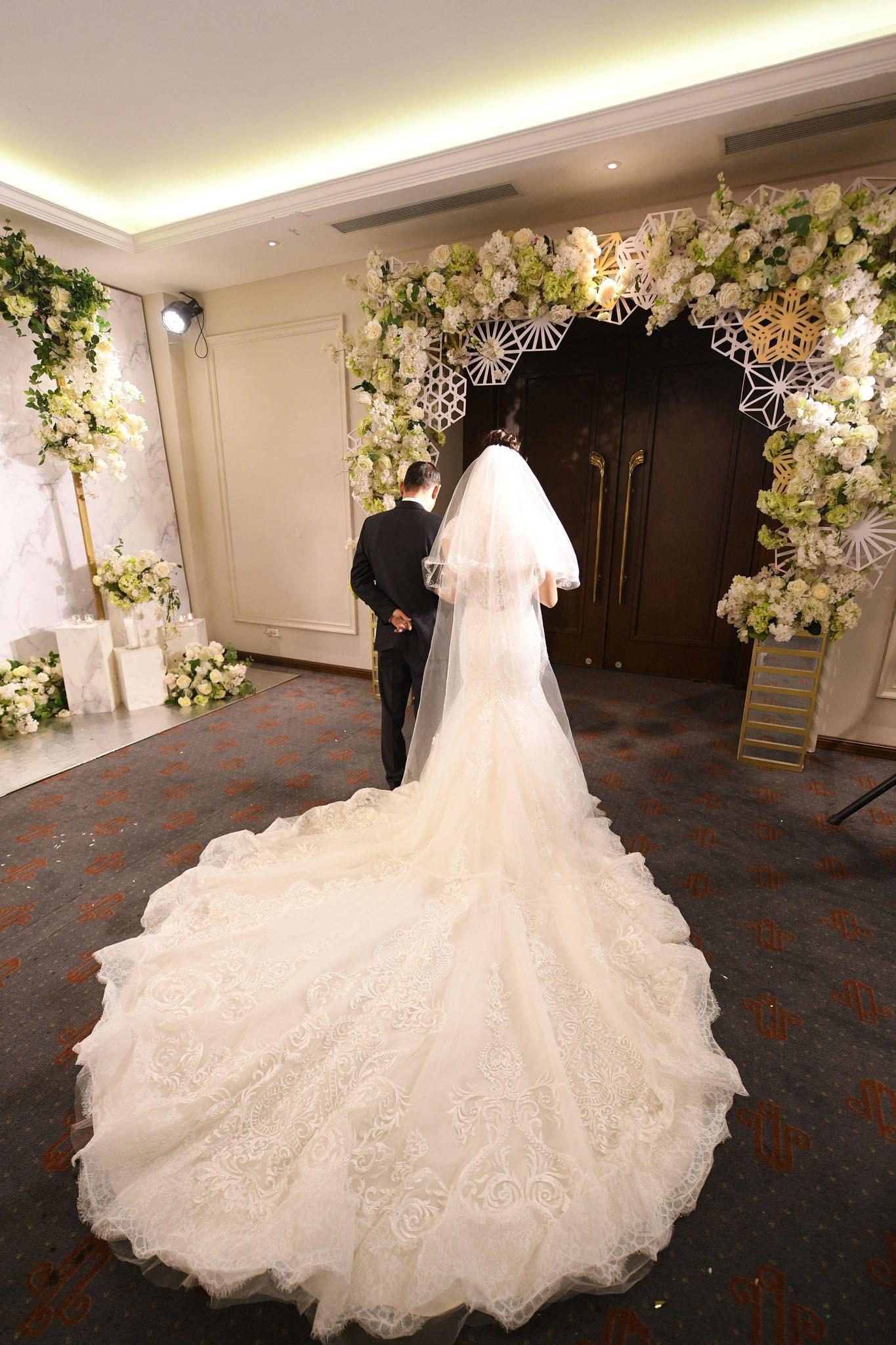 Huyền Trang Bất Hối chốt hạ năm 2018 bằng đám cưới cực viên mãn - Ảnh 6.