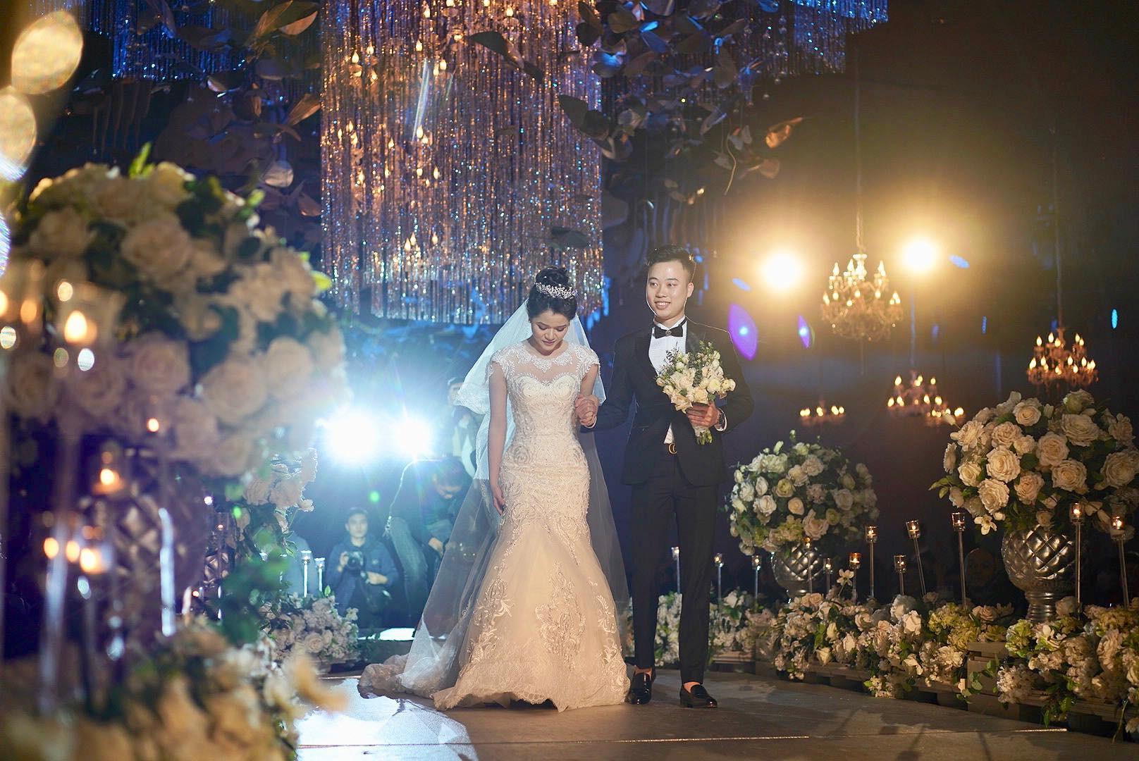 Huyền Trang Bất Hối chốt hạ năm 2018 bằng đám cưới cực viên mãn - Ảnh 8.