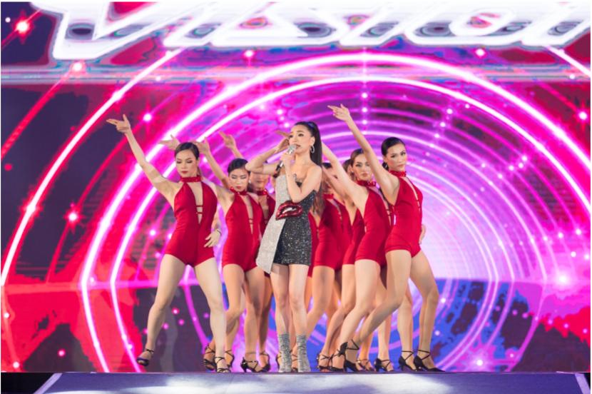 """Mỹ Tâm, Noo Phước Thịnh, Bích Phương và dàn sao """"khủng"""" cháy hết mình cùng hơn 36.000 khán giả tại đêm nhạc công nghệ - Ảnh 8."""
