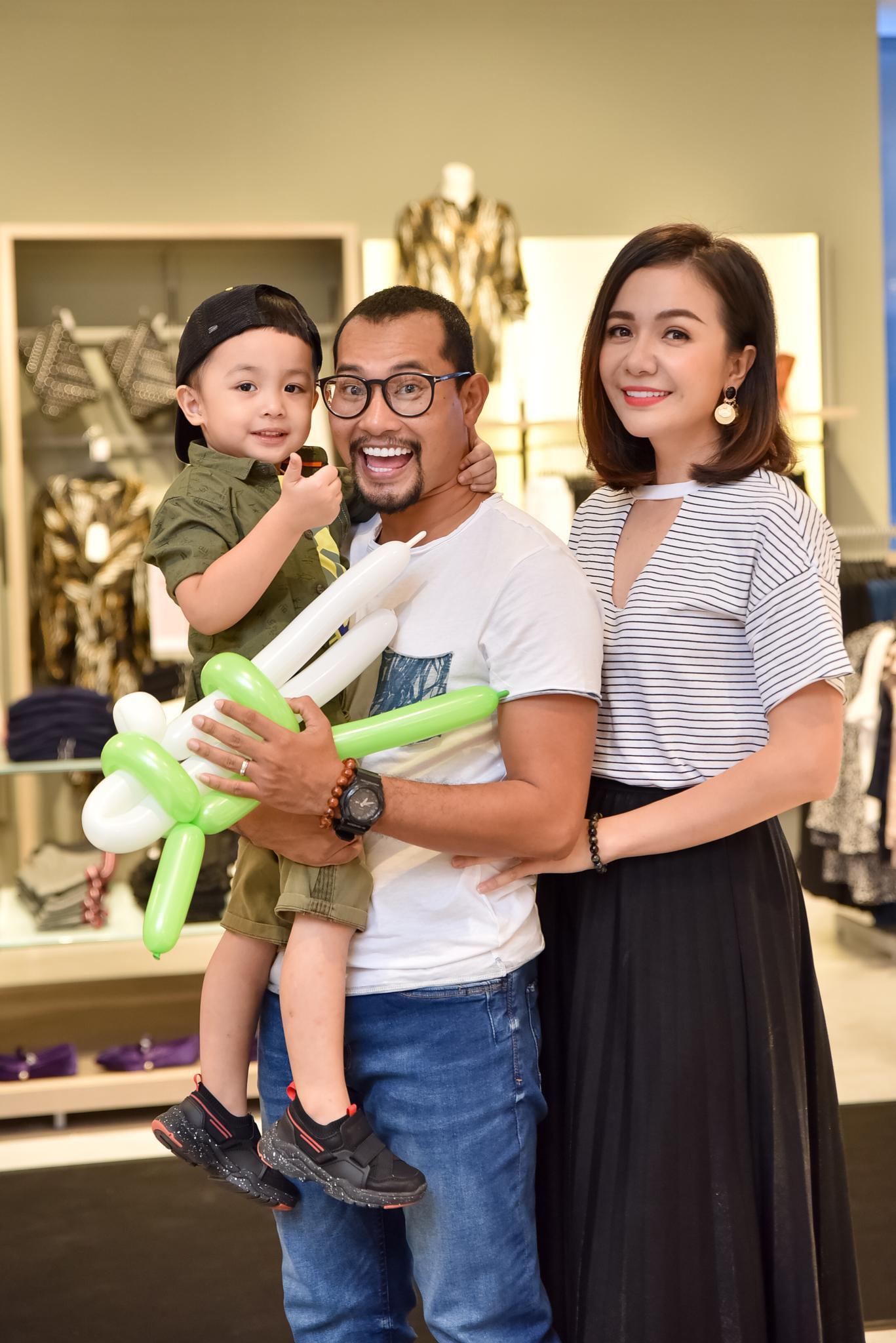 Hà Tăng rạng rỡ xuất hiện cùng chồng trong sự kiện khai trương cửa hàng OVS đầu tiên tại Việt Nam - Ảnh 7.