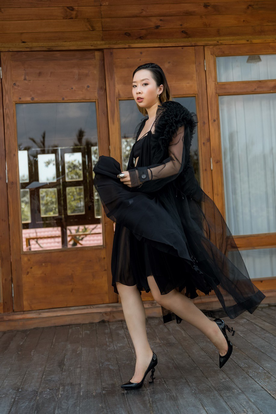 """Gặp gỡ cô nàng du học sinh """"mặc chất"""" như fashionista khiến NTK Văn Thành Công xao xuyến - Ảnh 9."""
