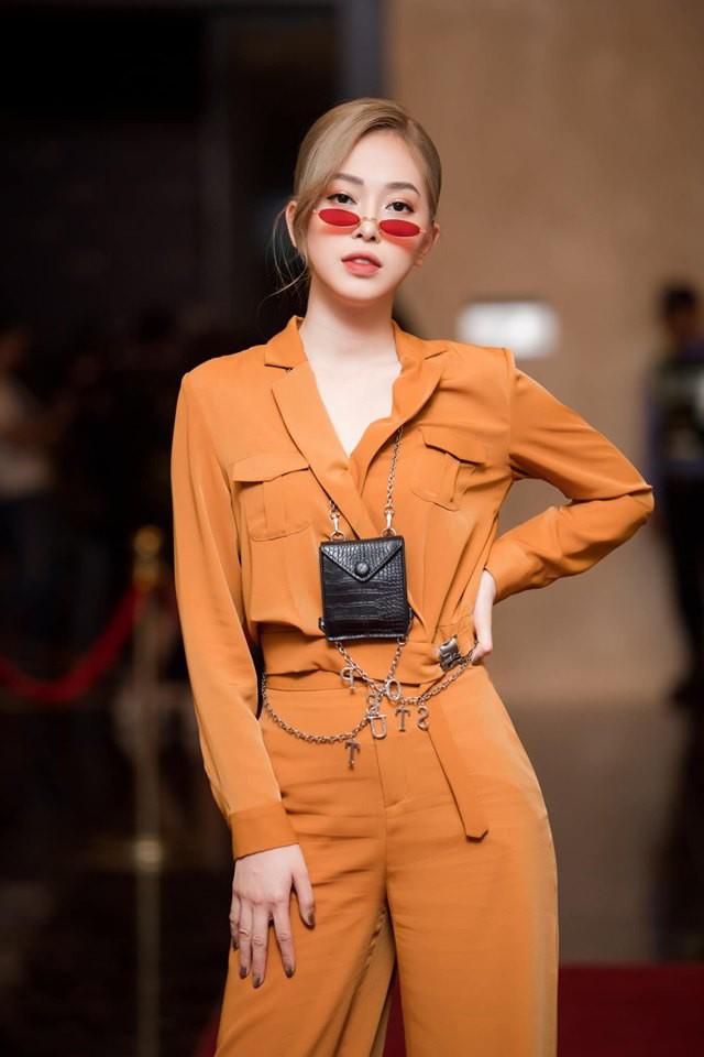 Người đẹp showbiz Việt đi đâu làm gì tuần qua? - Ảnh 10.