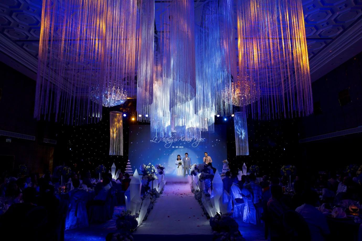 Cập nhật ngay xu hướng tiệc cưới cao cấp chuẩn 5 sao - Ảnh 2.