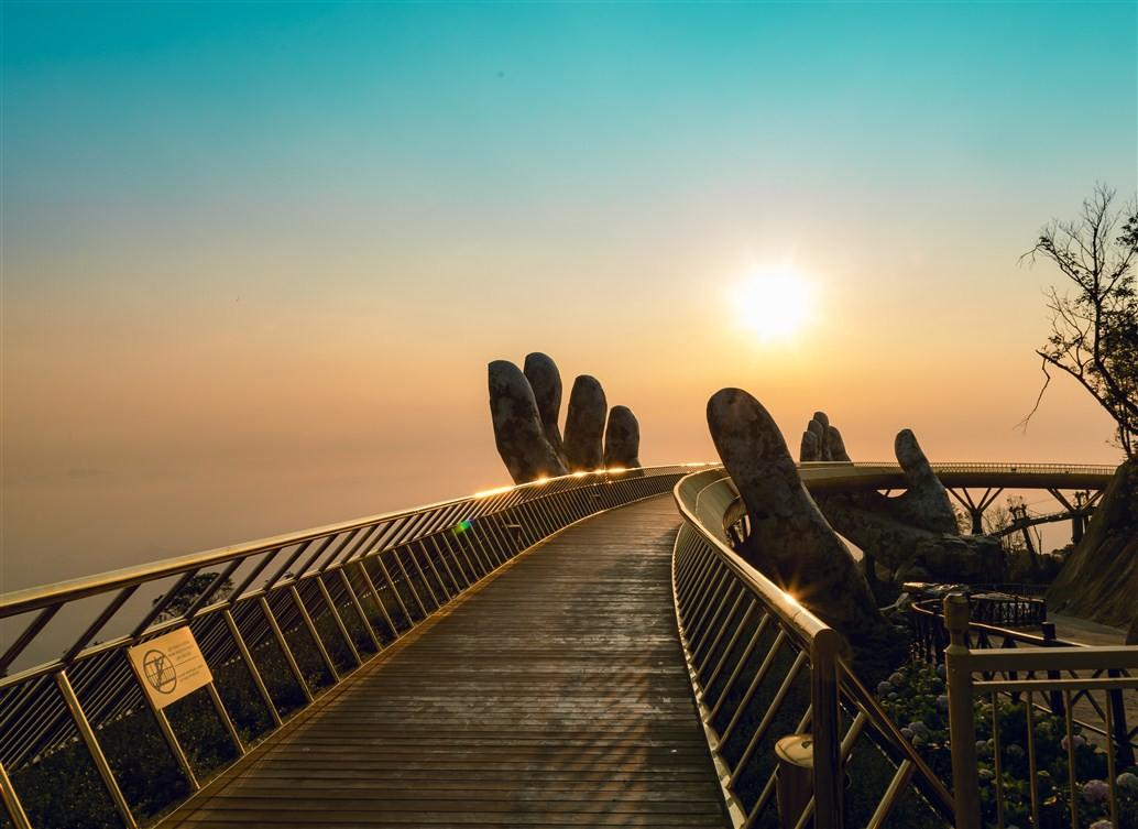 """World Travel Awards Châu Á – Châu Đại Dương vinh danh Bà Nà Hills là """"Công viên chủ đề hàng đầu Việt Nam"""" - Ảnh 5."""
