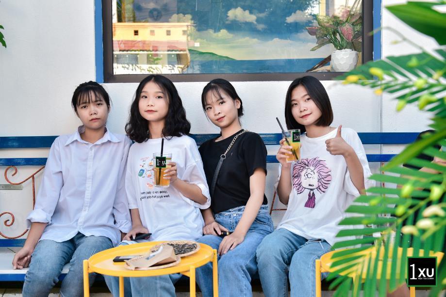 """Diễn viên Quỳnh Kool """"lên đồ xinh như mơ, khuấy động tiệm trà chanh cực chất giữa lòng Phủ Lý, Hà Nam - Ảnh 6."""
