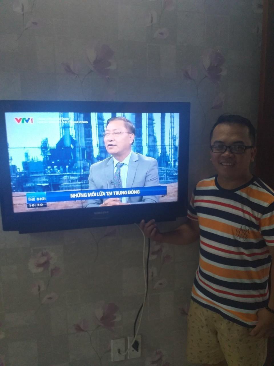 Samsung và những câu chuyện về chiếc TV gắn bó với các gia đình Việt cả chục năm qua - Ảnh 2.