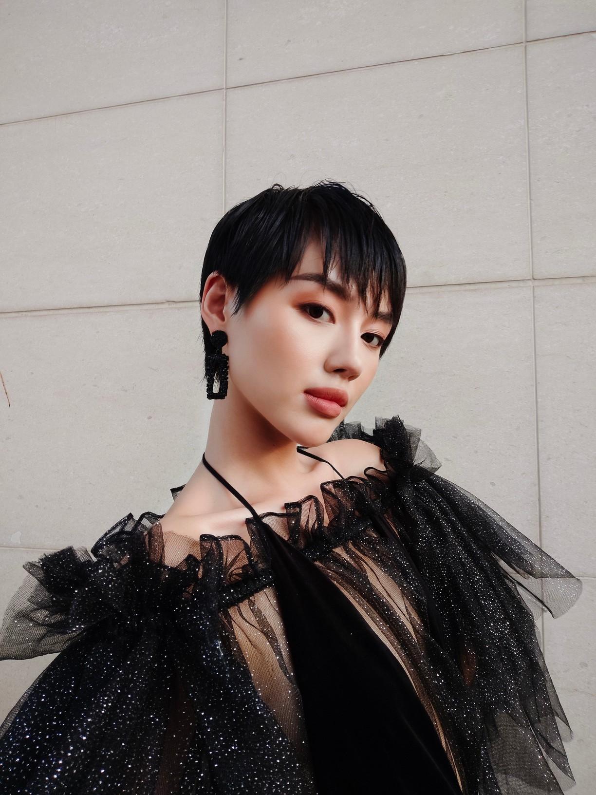 """3 bí kíp để có ngay ảnh như """"cô em trendy"""" Khánh Linh từ siêu dế vivo V17 Pro - Ảnh 5."""