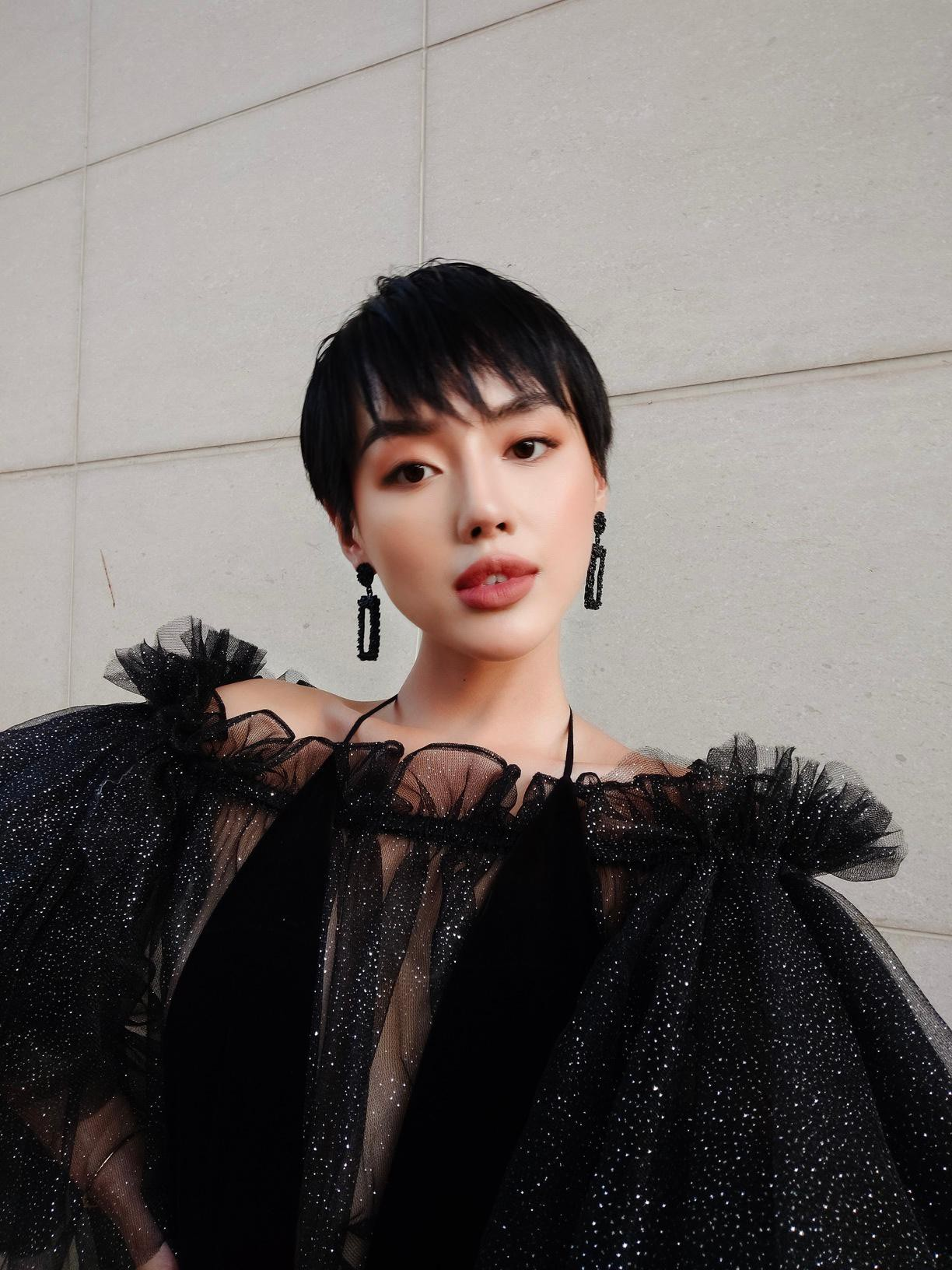 """3 bí kíp để có ngay ảnh như """"cô em trendy"""" Khánh Linh từ siêu dế vivo V17 Pro - Ảnh 6."""