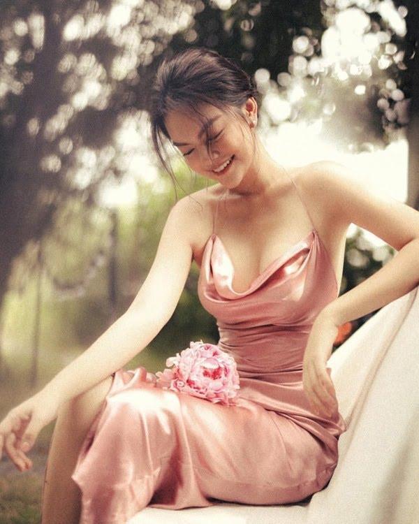Phạm Quỳnh Anh: Không cần ánh đèn sân khấu, vẫn là mặt trời tỏa nắng cho con - ảnh 4