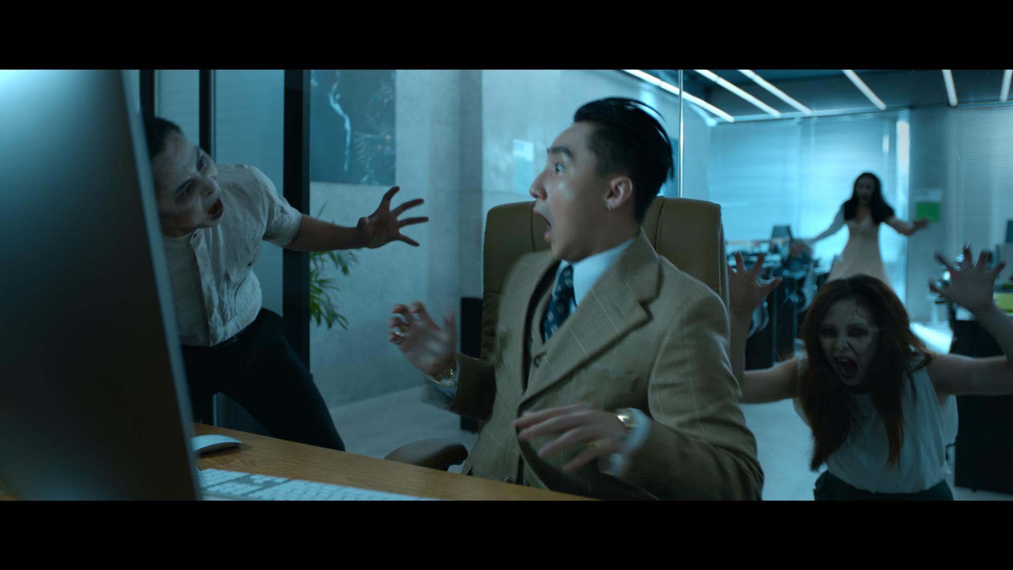 """Sơn Tùng M-TP mang hình ảnh """"Chủ tịch"""" xuất hiện trong đoạn video bí ẩn - Ảnh 3."""