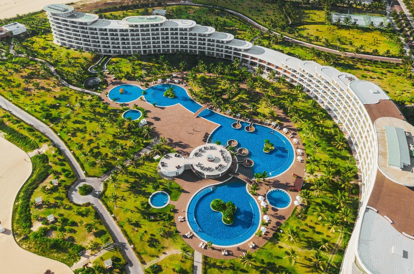 """Khám phá vẻ đẹp của quần thể vừa được WTA vinh danh """"Khu nghỉ dưỡng biển hàng đầu Việt Nam"""" - Ảnh 3."""