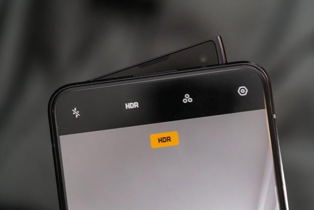 Với OPPO, smartphone không chỉ để nghe gọi lướt web mà còn để thể hiện phong cách - Ảnh 2.