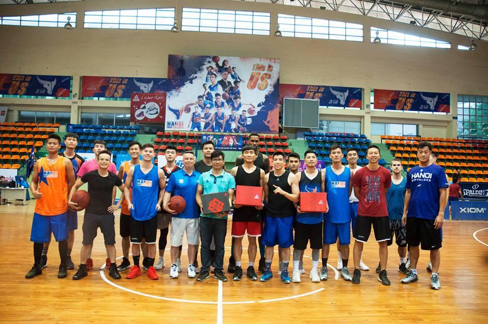 PEAK Sport – Từ bóng rổ đến đam mê cho giày chạy bộ - Ảnh 2.