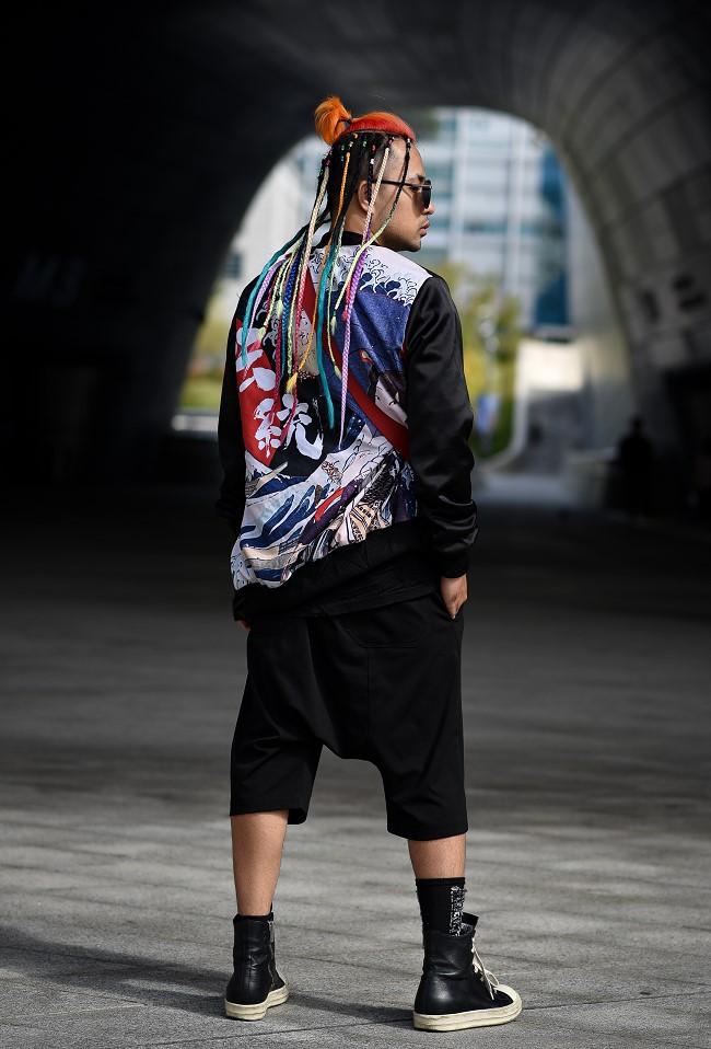 """Nhà thiết kế Huu Anh Zoner tự nhận là """"kẻ điên"""" kể chuyện thời trang nơi xứ Hàn - Ảnh 3."""