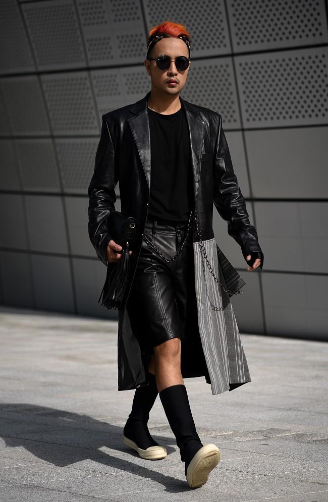 """Nhà thiết kế Huu Anh Zoner tự nhận là """"kẻ điên"""" kể chuyện thời trang nơi xứ Hàn - Ảnh 4."""