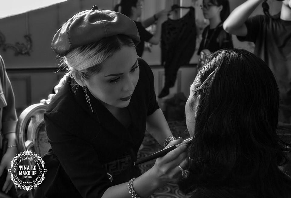 Công tác chuẩn bị của Tina Le make up trước thềm Aquafina Tuần lễ Thời trang Quốc tế Việt Nam - Ảnh 6.