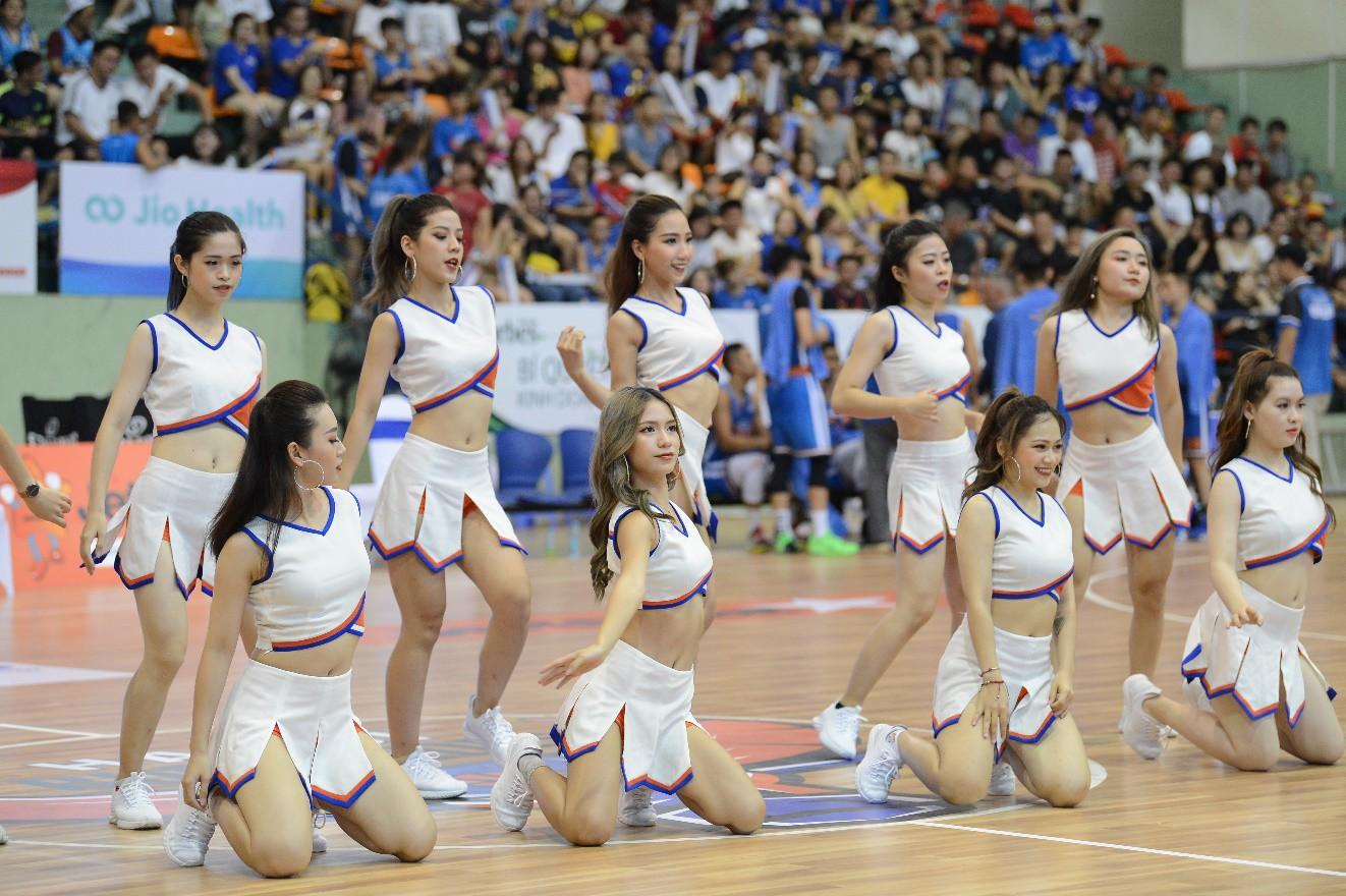 PEAK Sport – Từ bóng rổ đến đam mê cho giày chạy bộ - Ảnh 5.