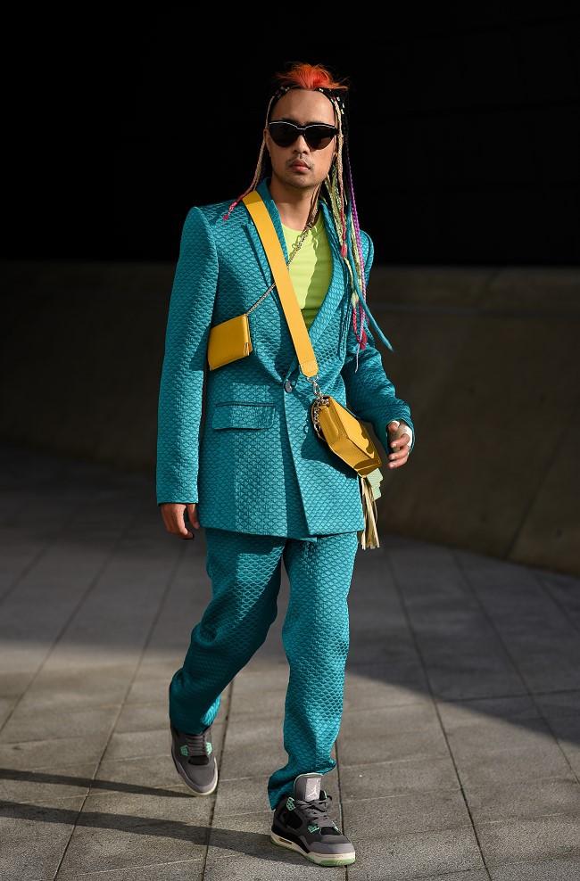 """Nhà thiết kế Huu Anh Zoner tự nhận là """"kẻ điên"""" kể chuyện thời trang nơi xứ Hàn - Ảnh 6."""