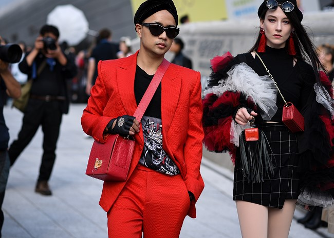 """Nhà thiết kế Huu Anh Zoner tự nhận là """"kẻ điên"""" kể chuyện thời trang nơi xứ Hàn - Ảnh 8."""