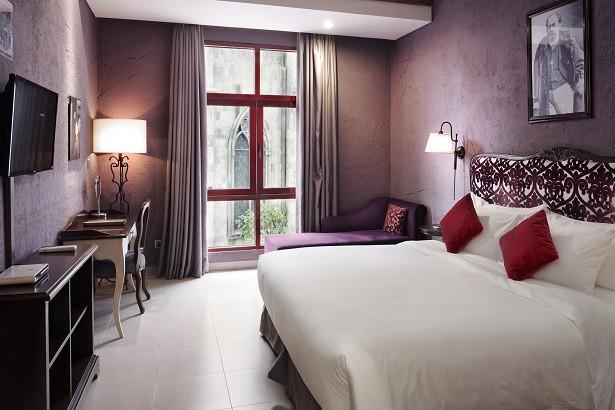 """Ngỡ lạc trôi tới trời Âu tại """"Khách sạn sang trọng hàng đầu châu Á cho kỳ nghỉ trăng mật"""" - Ảnh 3."""