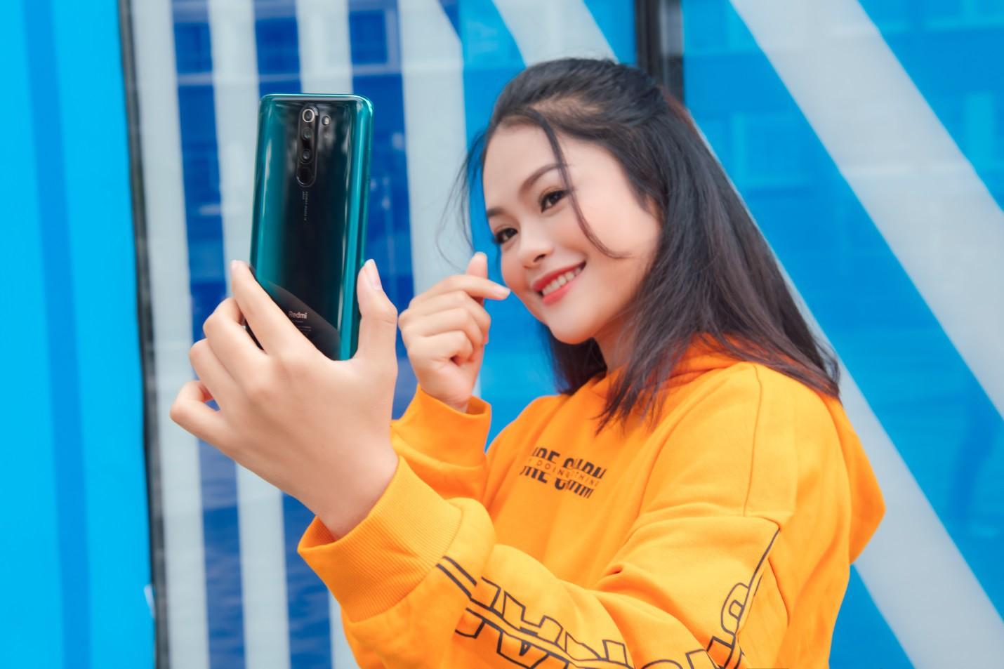 Ngắm bộ ảnh dễ thương của nữ sinh 18 tuổi mới được chọn làm gương mặt đồng hành cùng Xiaomi - Ảnh 2.