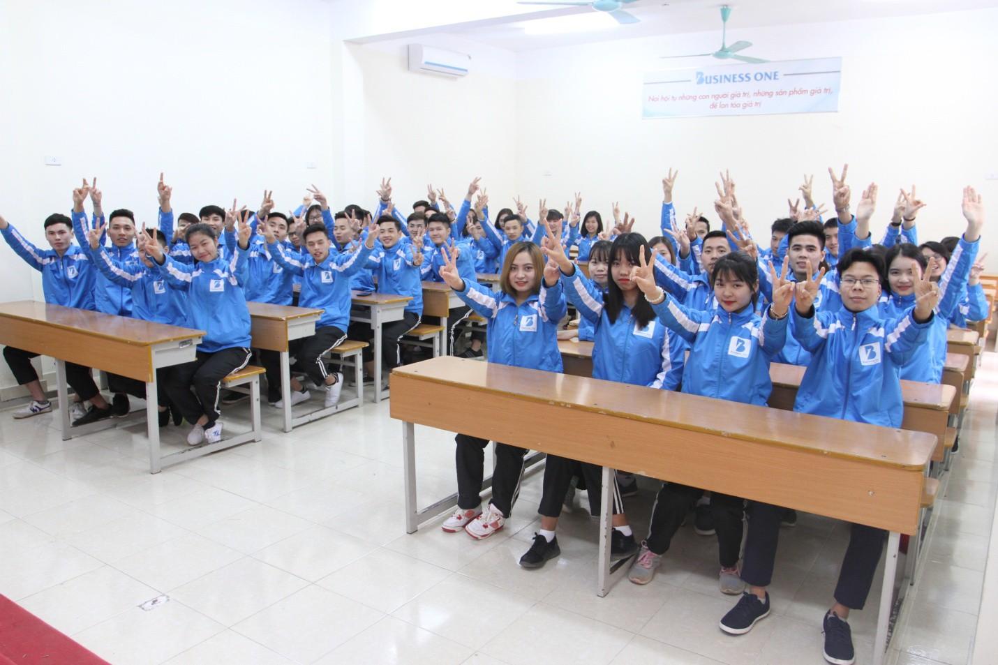 Vì sao các bạn trẻ lại lựa chọn trường Doanh nhân CEO Việt Nam? - Ảnh 3.