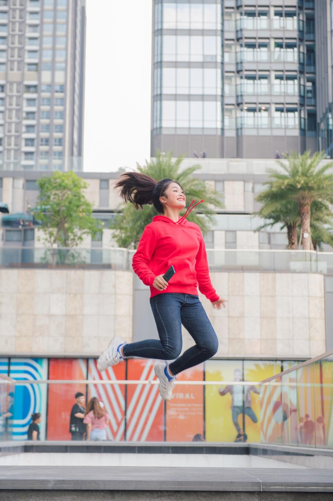 Ngắm bộ ảnh dễ thương của nữ sinh 18 tuổi mới được chọn làm gương mặt đồng hành cùng Xiaomi - Ảnh 4.
