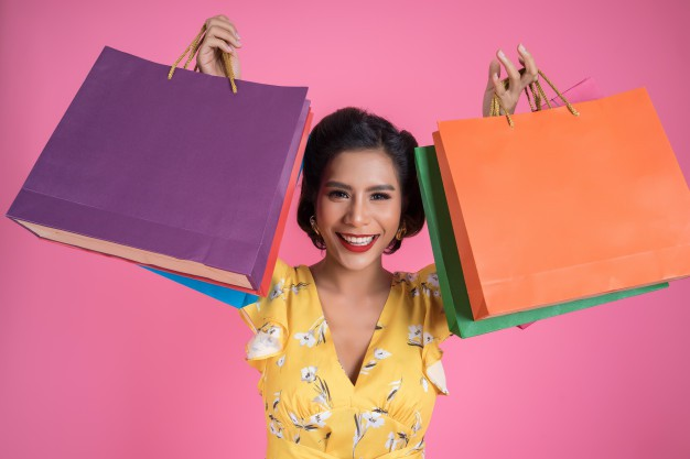 Xu hướng đi mua sắm chỉ cầm smartphone không cần tiền mặt lên ngôi - ảnh 2