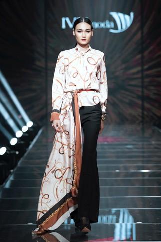 IVY moda khẳng định xu hướng thời trang Thu Đông 2019 cùng BST Step Out - Ảnh 2.