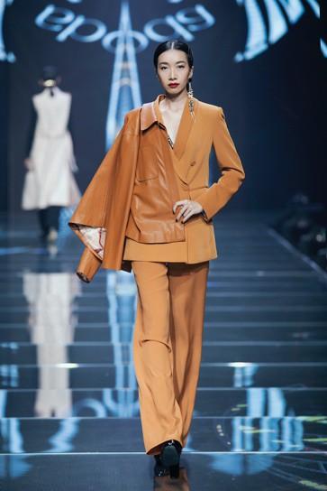 IVY moda khẳng định xu hướng thời trang Thu Đông 2019 cùng BST Step Out - Ảnh 3.