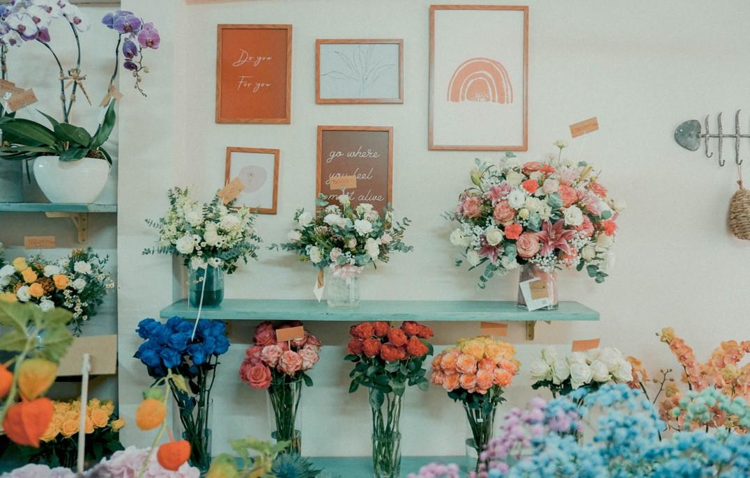 Tiệm hoa Dear Rainy: Mong các bạn tìm được chất liệu tô vẽ nét đáng yêu của cuộc sống - Ảnh 6.