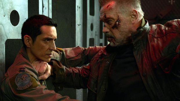 """""""Terminator: Dark Fate"""" – Màn tái xuất ấn tượng của Sarah Connor với vô số pha hành động đỉnh cao - Ảnh 3."""