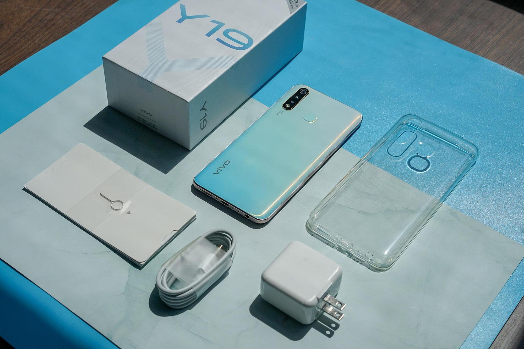 Trong tay 5 triệu đồng, vivo Y19 đích thị là chiếc điện thoại phù hợp dành cho bạn - Ảnh 1.