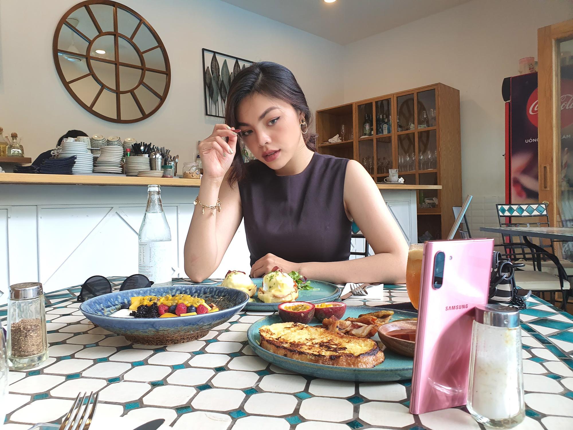 bi kip chup do an ngon nhu anh cua food blogger tren instagram